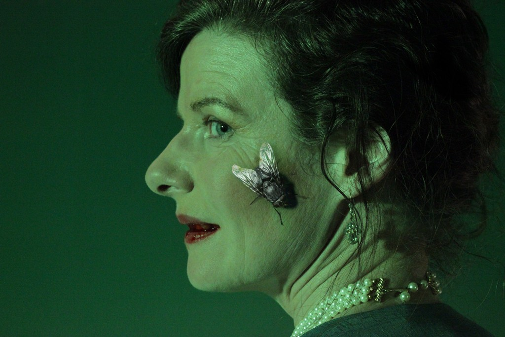 KT Prescott as the Green Woman in Housefly_filmstill03_web